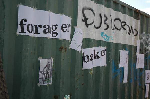 FORAGER LOVES BAKER (Helsinki, 2011)